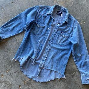 WRANGLER Vintage Denim Button Down Shirt